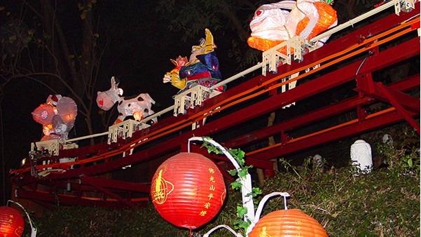 上海人民公园花灯节ITS滑触线产品应用