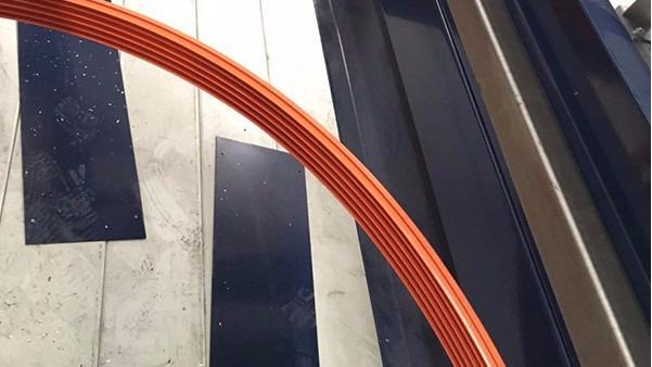 滑触线安装工作中的重点和两大技术难点